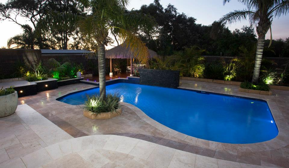 The water 39 s edge pool design and landscaping for Pool garden edging